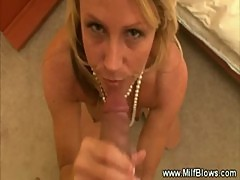 Mature milf gives blowjob cumshot and facial