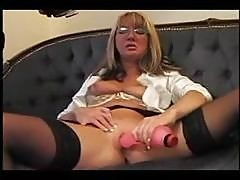 Blonde Jenni Loveitt Goes Solo And Toys Her Wet Snatch On The Couch