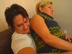 Threeway sex with creampie for mom